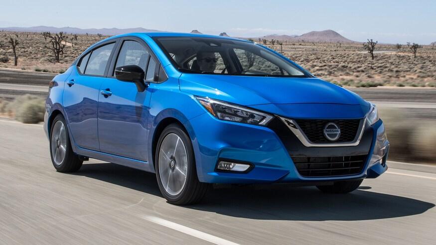2020-Nissan-Versa-SR-front-three-quarter-in-motion-2 (1).jpg