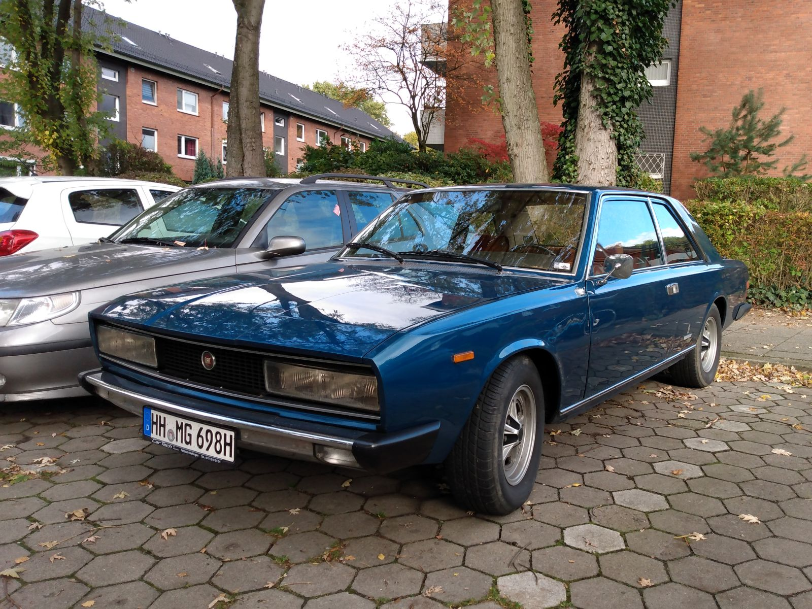 Fiat 130 Coupe 1.jpg