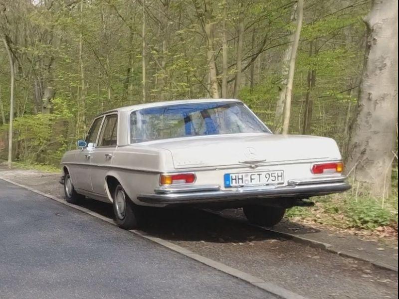Mercedes-Benz W108.jpg